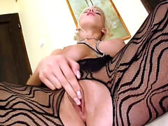 Cindy Dollar plays with her pussy solo
