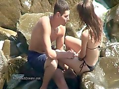 Spying camera films wild beach hookup