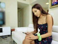 Cute Teen Vanessa Vox Gives StepDaddy A Creamy Present