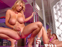 big-titted Stripper Katerina Hartlova & Lucy Li pound at the Stripclub