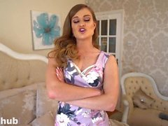Sexyhub Honour May plays with herself for her housemate during quarantine